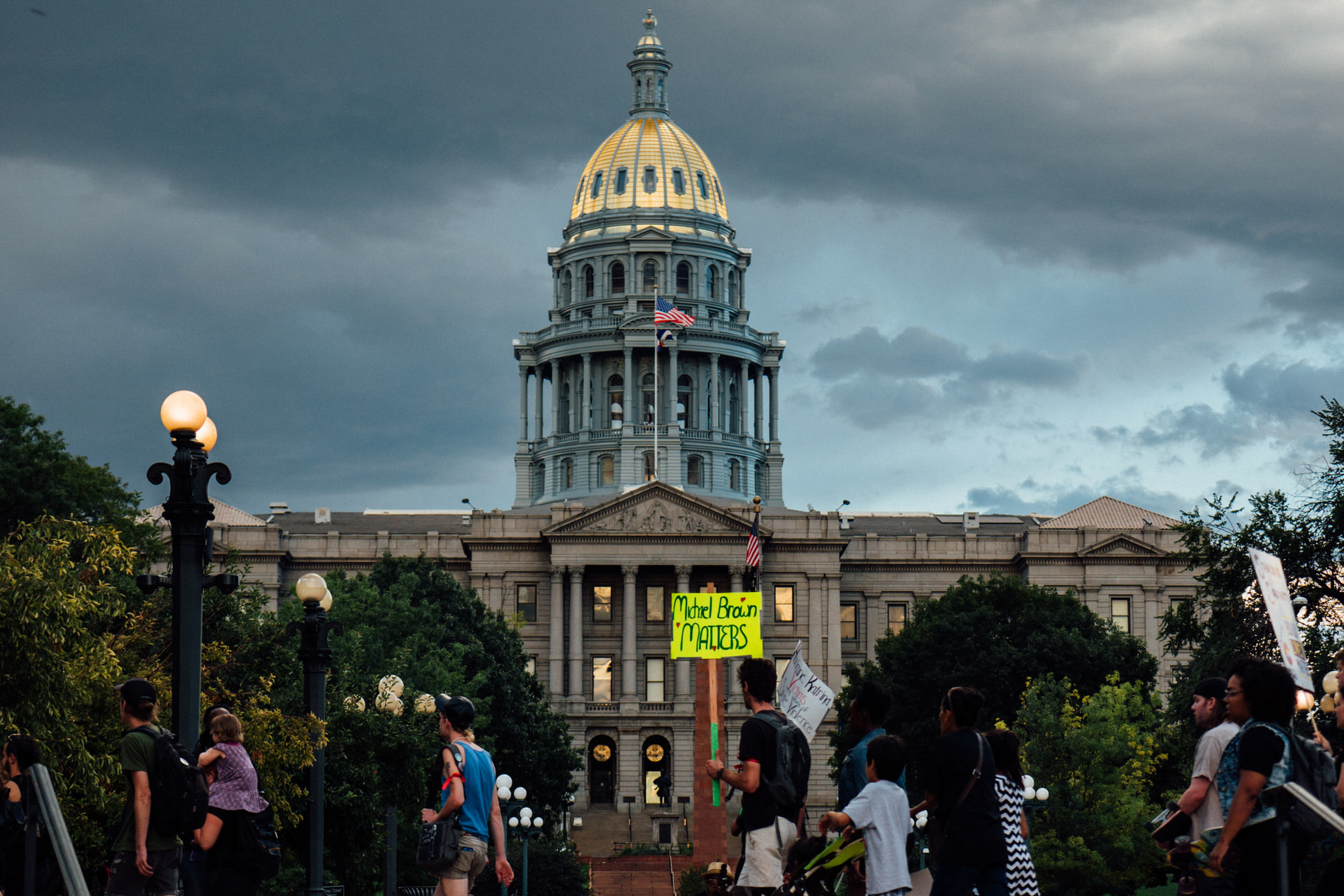 BLM 5280 march leaves Denver's District Courthouse and proceeds to 16th Street Mall.